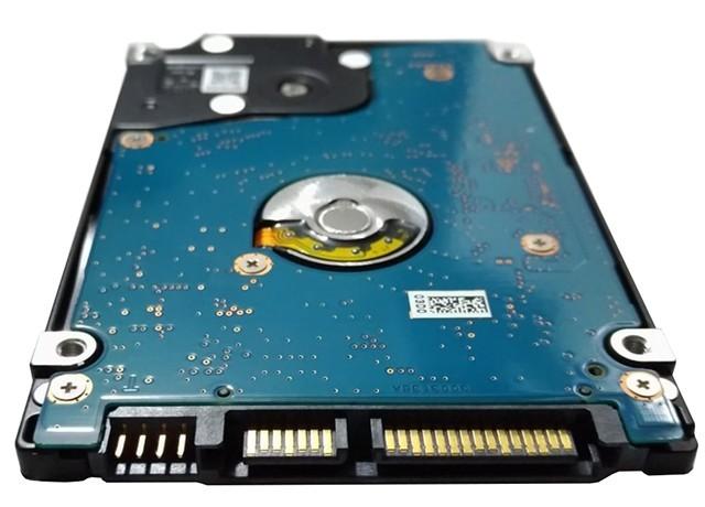 Toshiba MQ01ABD032V złącze